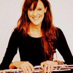 Anne-Marie van Mierlo Zittend lach althobo (002).JPG